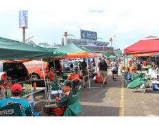 Thumb tailgating um 9.5 12 medium